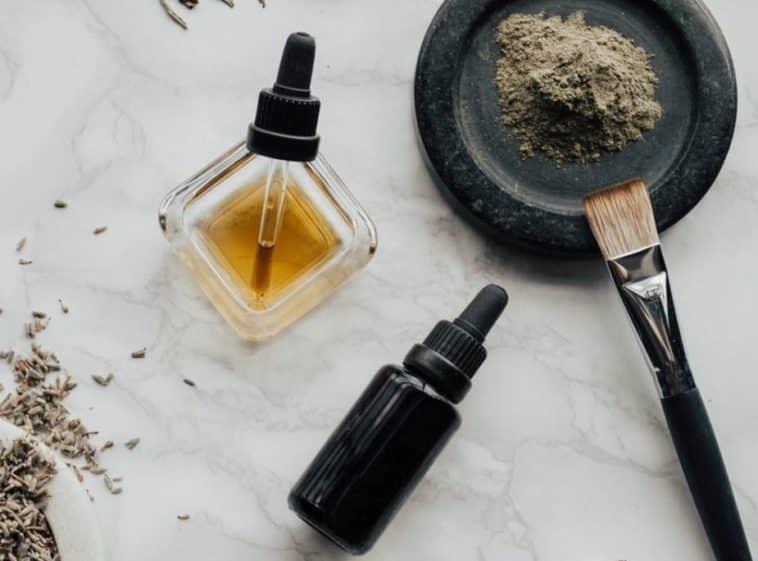huiles essentielles poudre maquillage zéro déchet guide