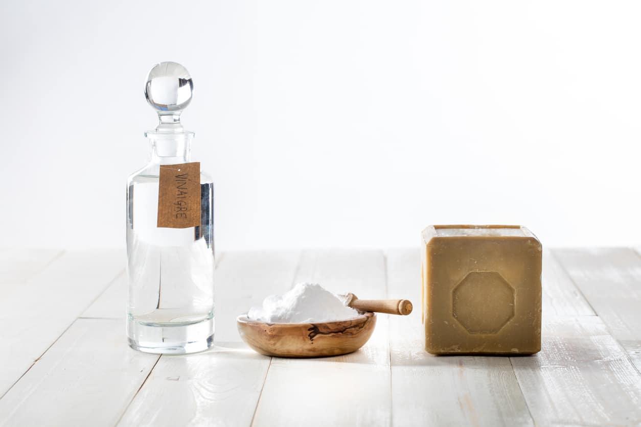 vinaigre blanc savon de marseille alep bicarbonate de soude