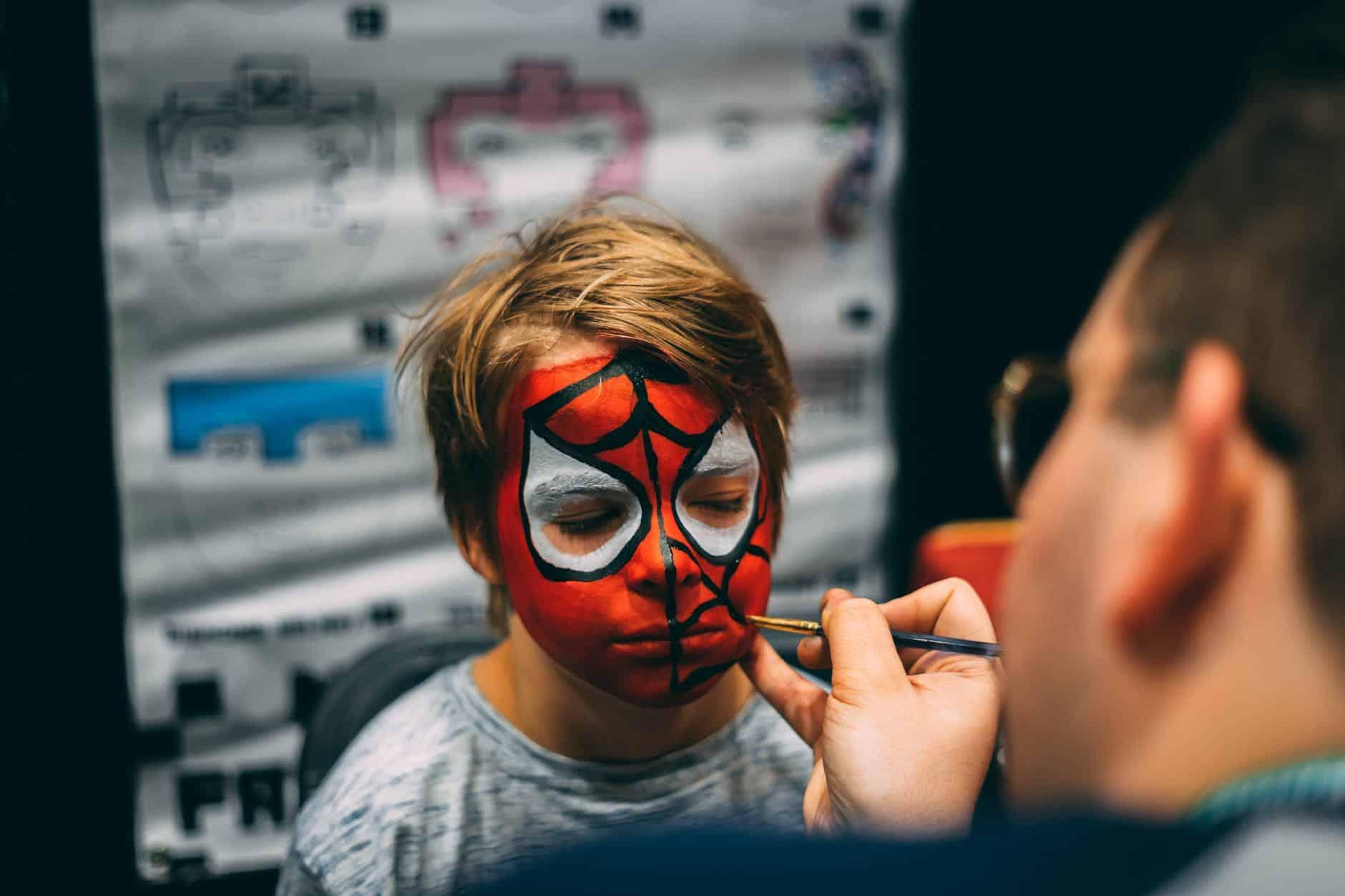 maquillage enfant homme araignée spiderman