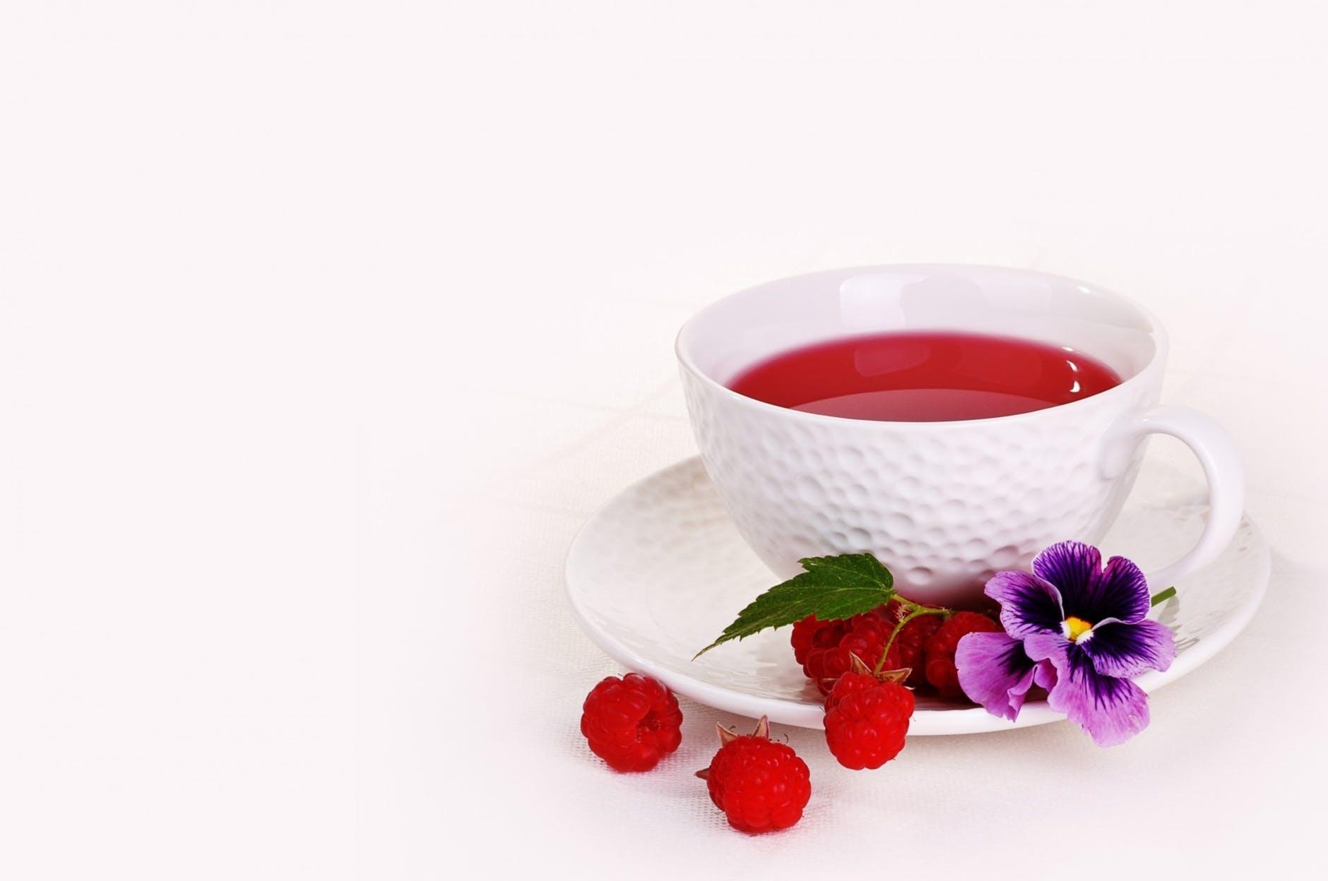petit déjeuner zéro déchet infusion de fruits tasse de thé