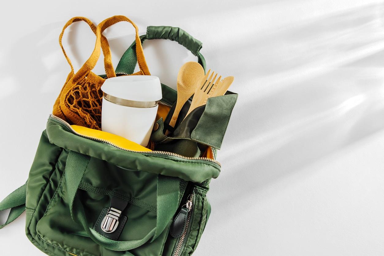 sac à dos kit du zéro déchet voyage déplacement