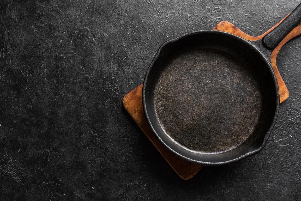 casserole traces de cramé brûlé poêle astuce cuisine