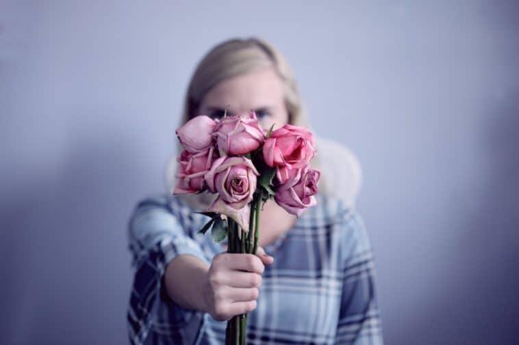 roses bouquet fleurs fanées zéro déchet