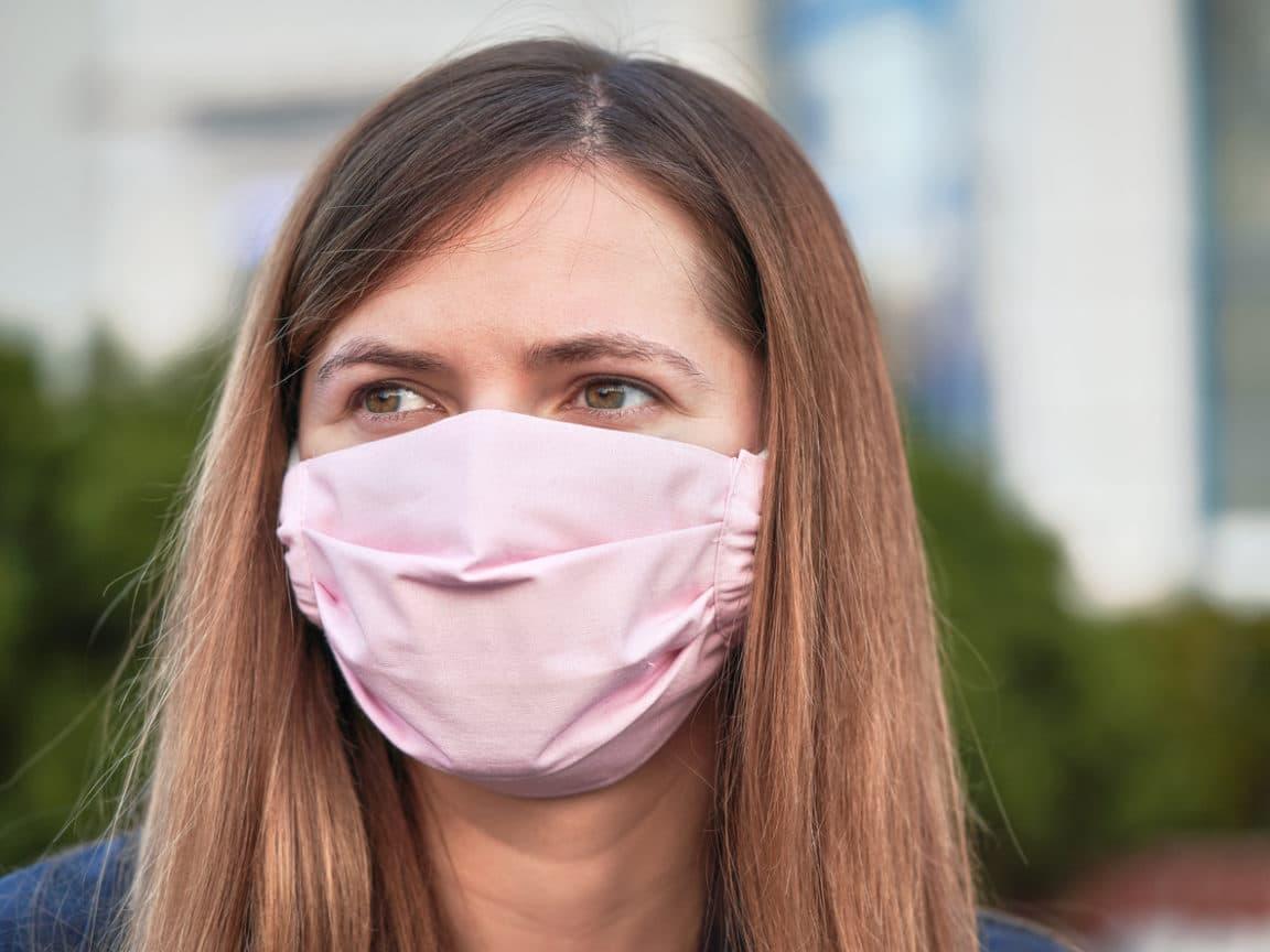 coronavirus masque tissu diy confinement