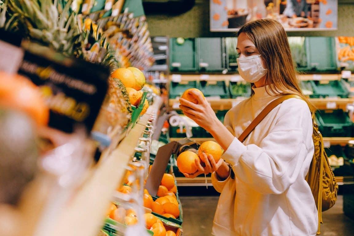 faire ses courses supermarche commerces de proximité