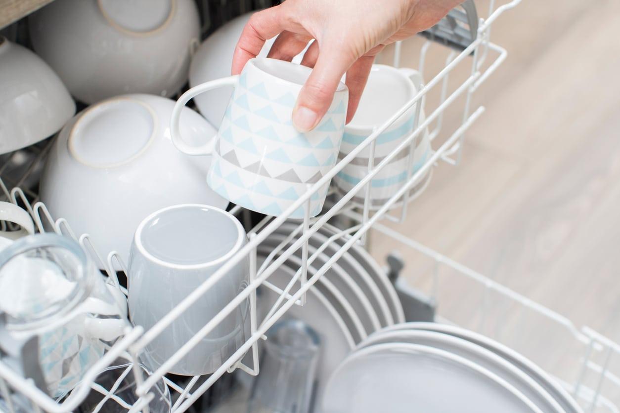 nettoyer son lave-vaisselle au naturel astuces