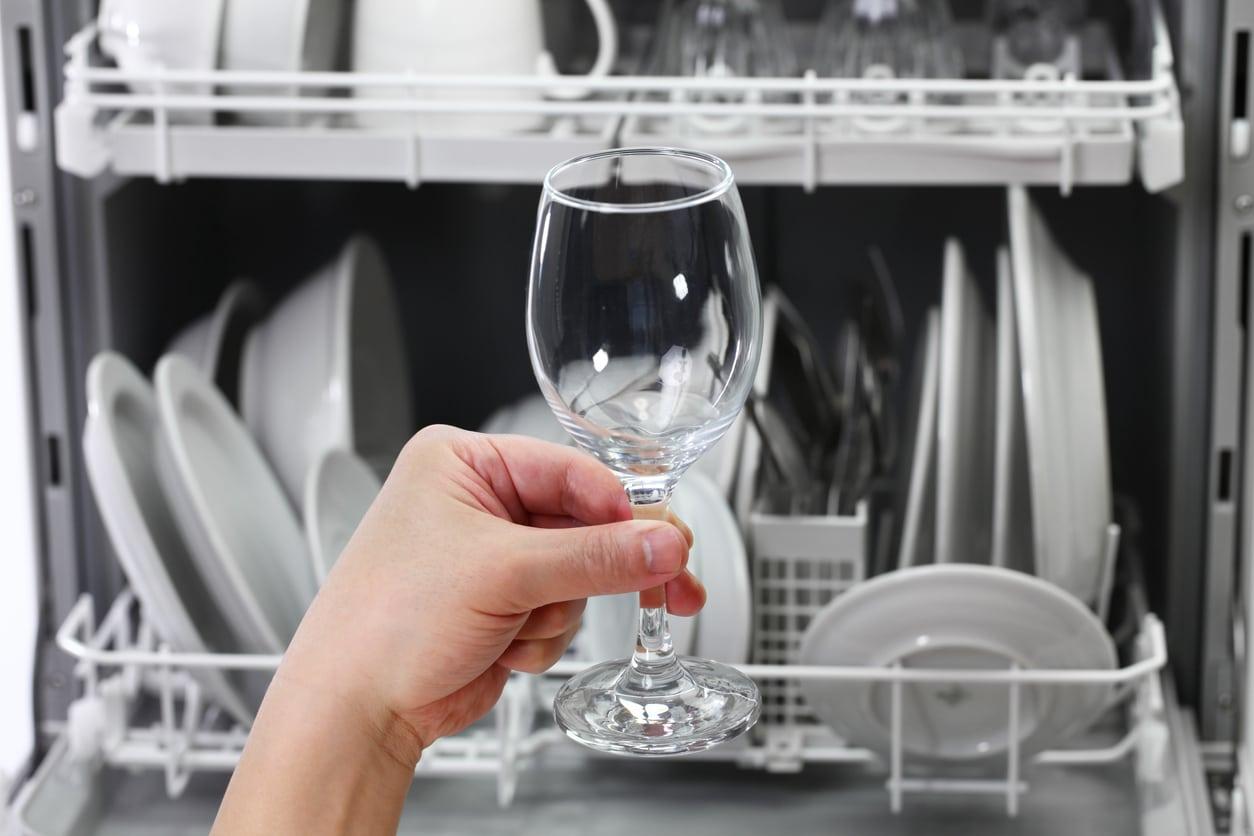 verre à pied nettoyer lave vaisselle astuces