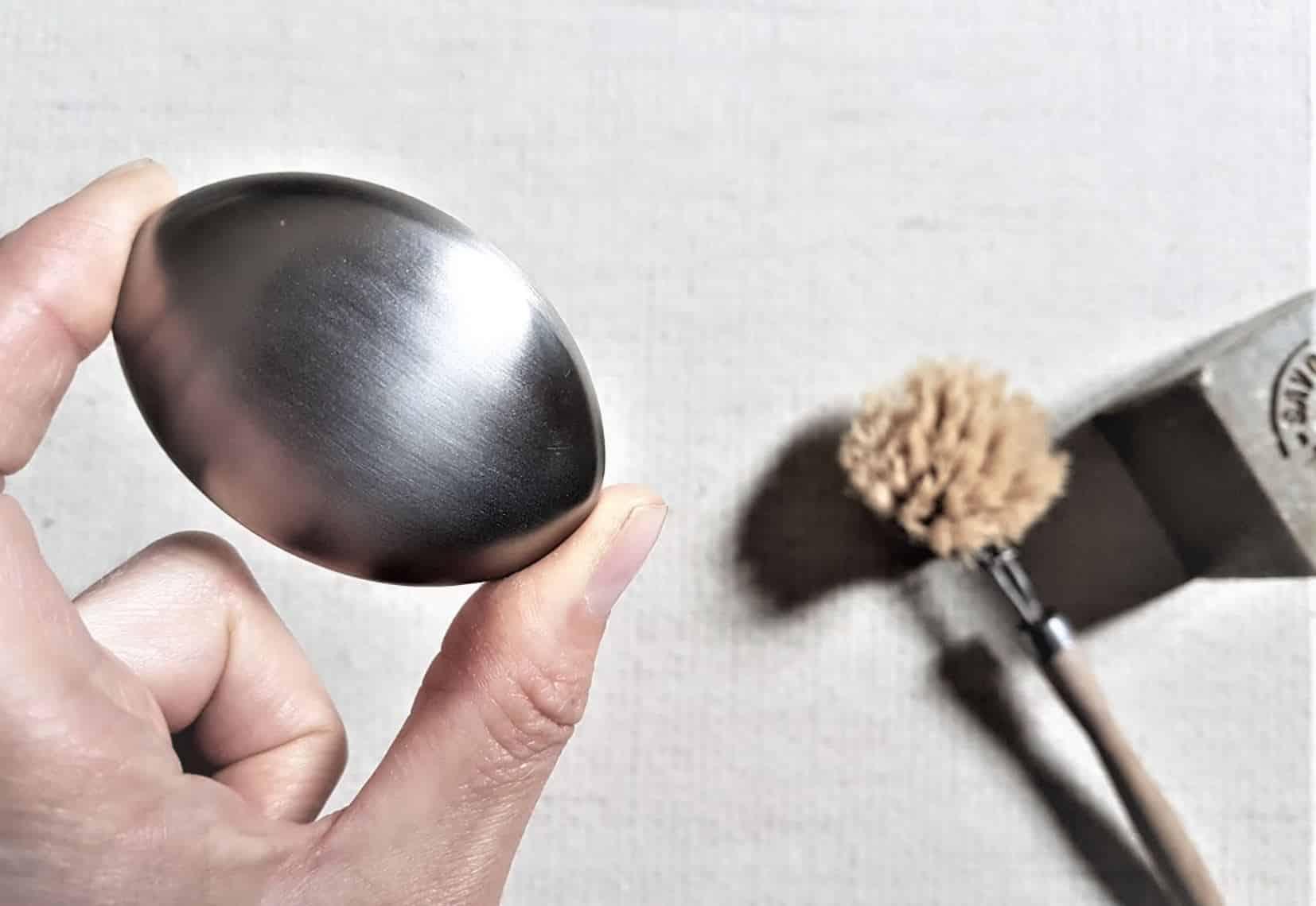 savon acier métallique inox inoxydable laver mains