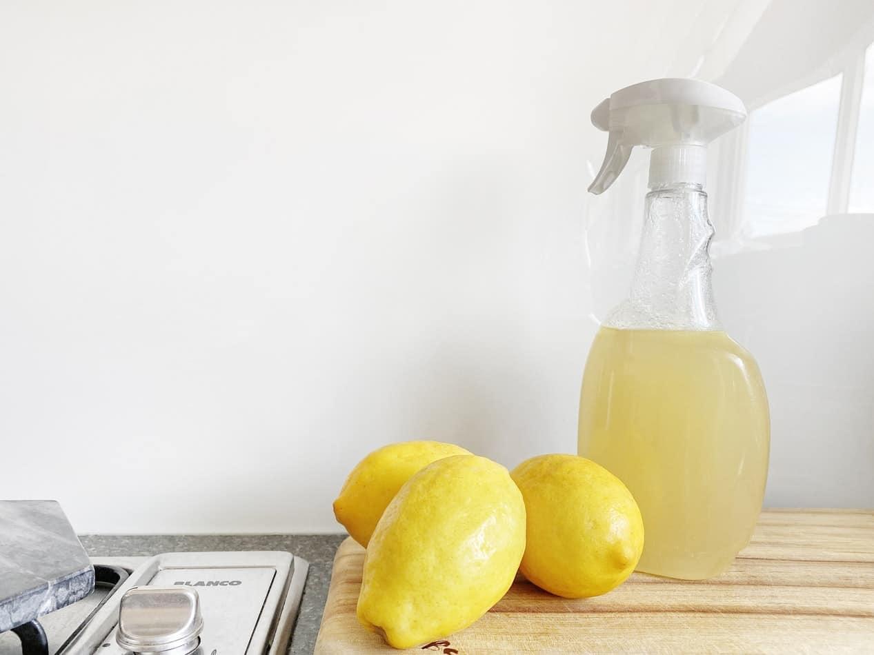 vinaigre blanc jus de citron ménage nettoyer sans polluer