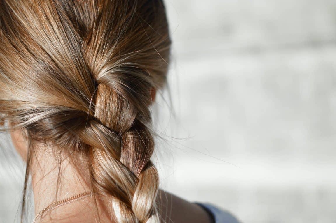 cheveux blonds coiffure tresse beaux naturel