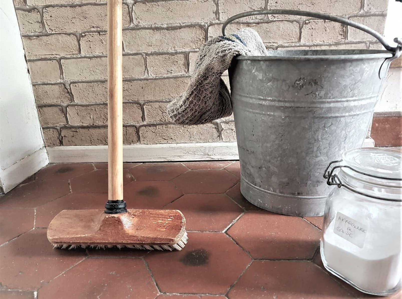 Image correspondant à l'aternative Nettoyant sol fait maison