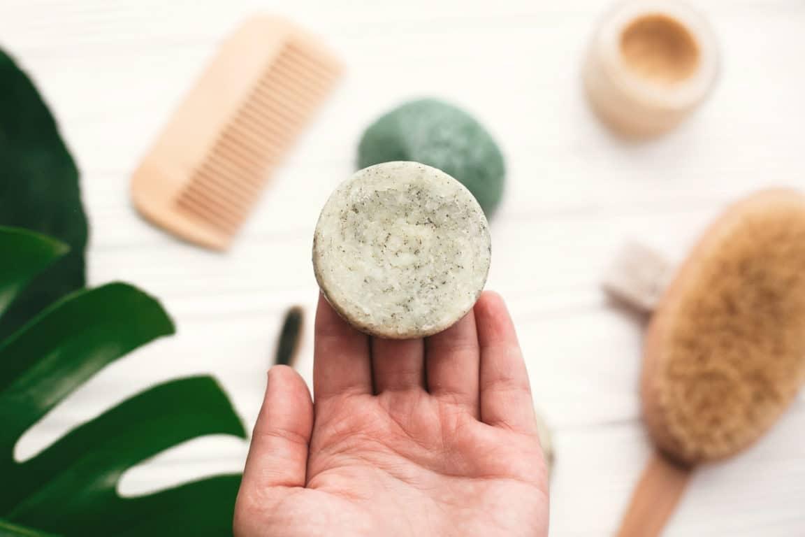 shampoing solide salle de bain recette cheveux matures
