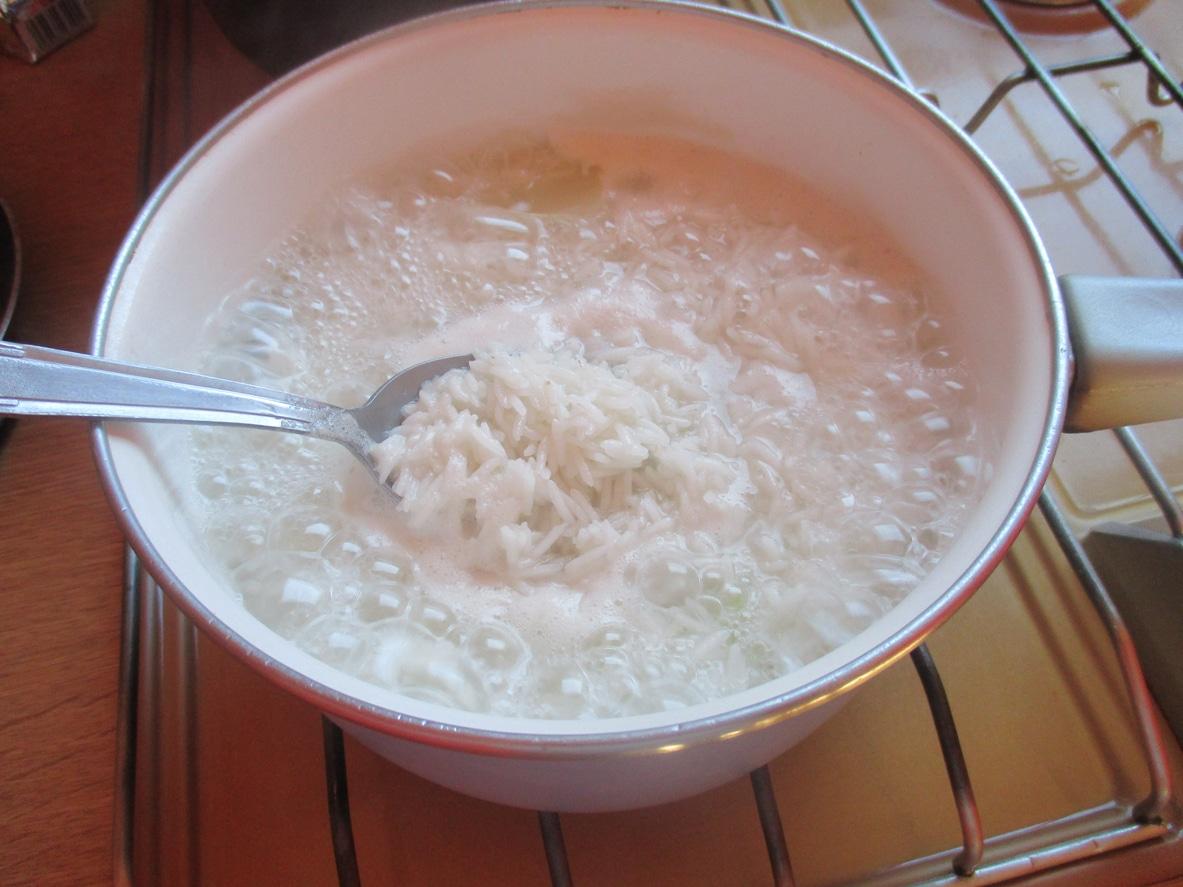 eau de cuisson du riz blanc casserole cuisine utilisations zéro déchet