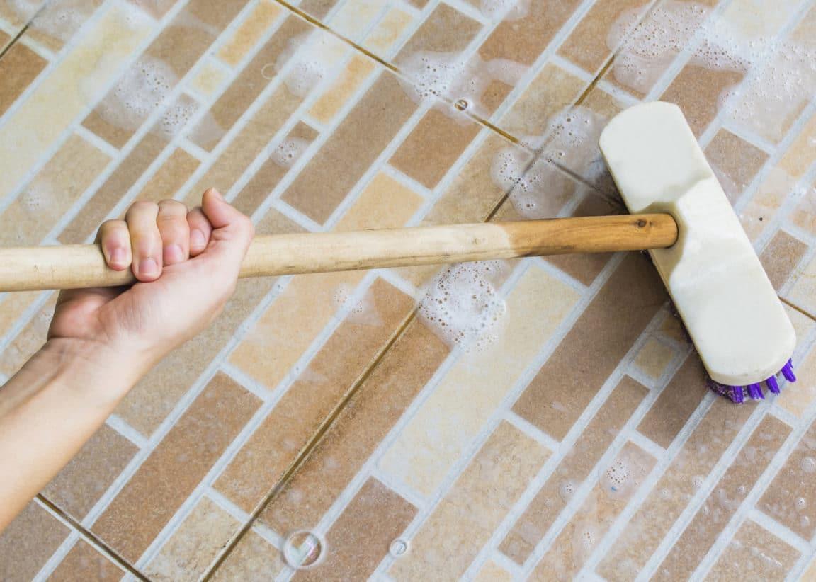 balai brosse nettoyant sols naturel recette maison nettoyer sol