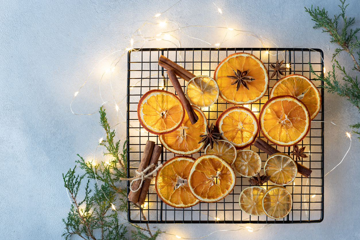 guirlande de Noël naturelle zéro déchet quartiers oranges sapin DIY