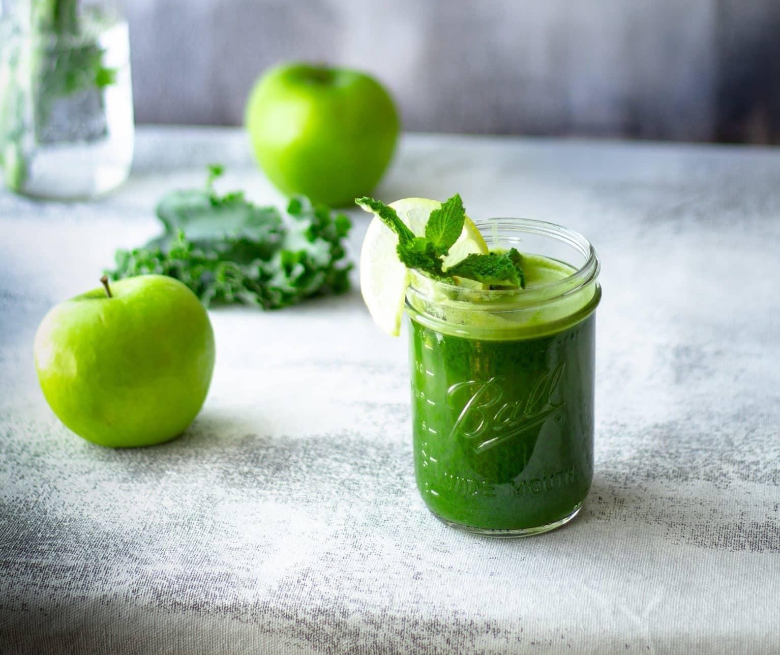 jus supervitaminés fruits légumes vert