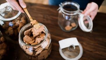 remplir bocal vrac biscuits zéro déchet