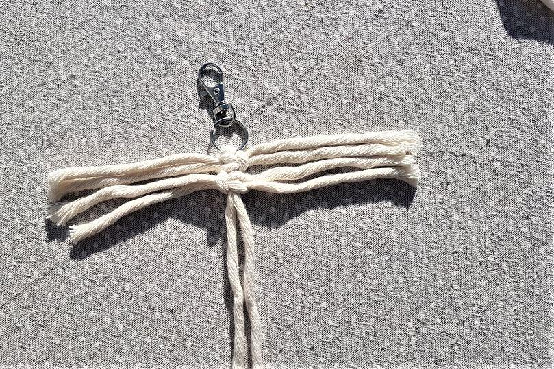 tuto porte-clés lacets DIY