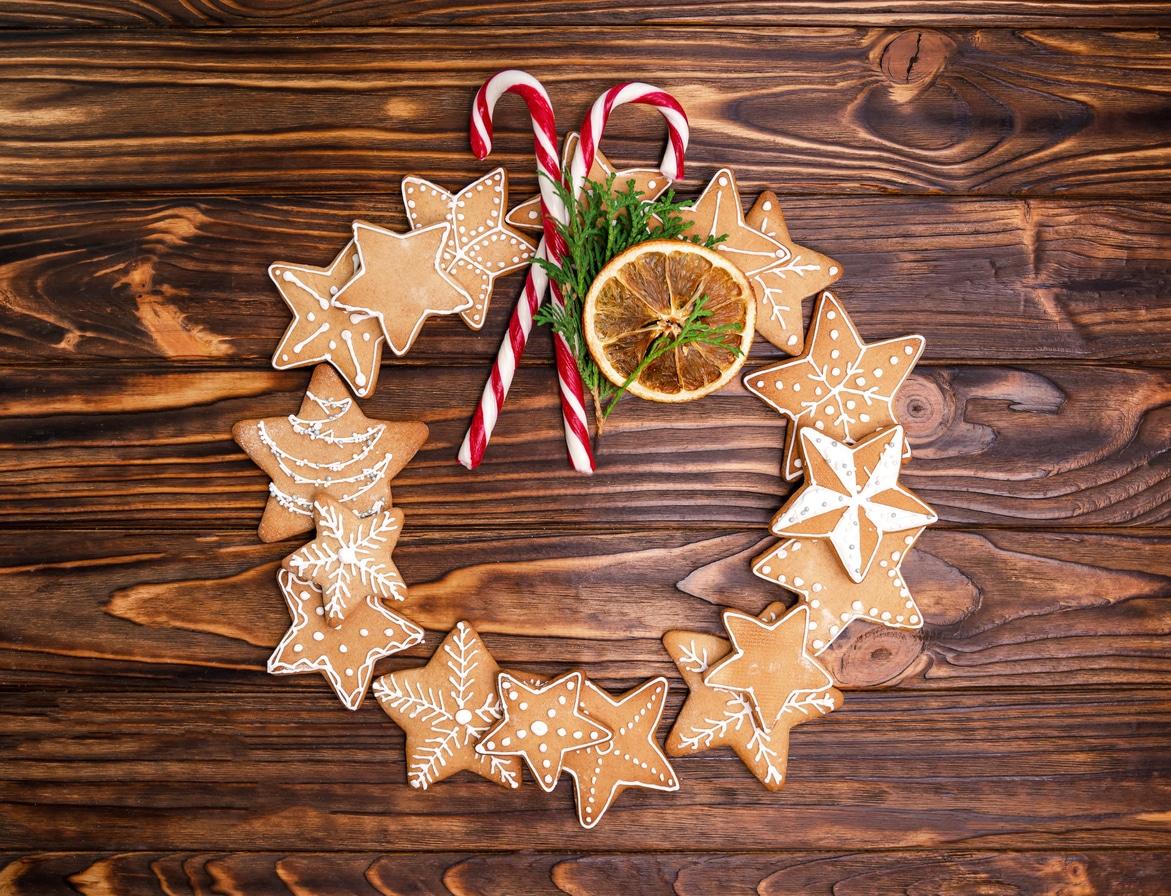 couronne de Noël décoration biscuits secs recette fête
