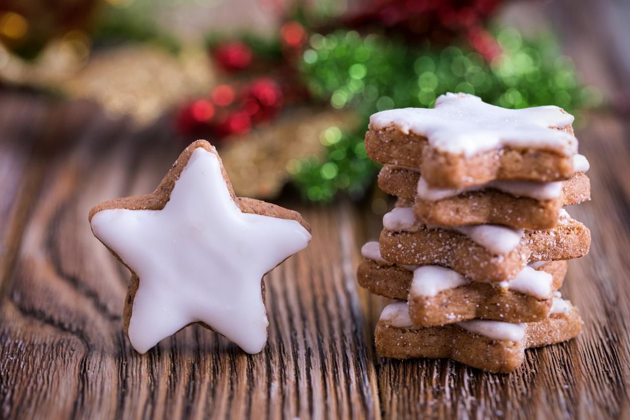 étoiles biscuits de Noel sapin recette glaçage fête