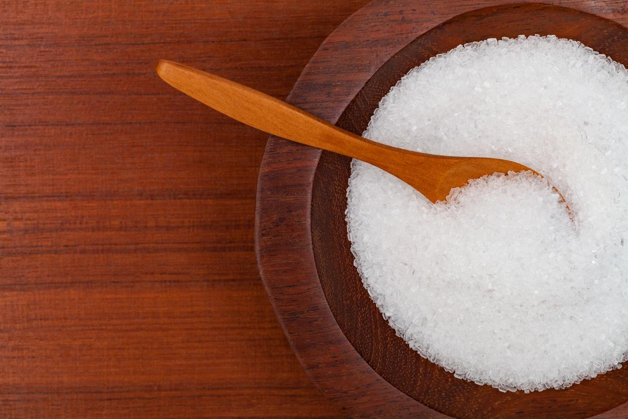 grains de sel Epsom sulfate de magnésium utilisations bienfaits cristaux