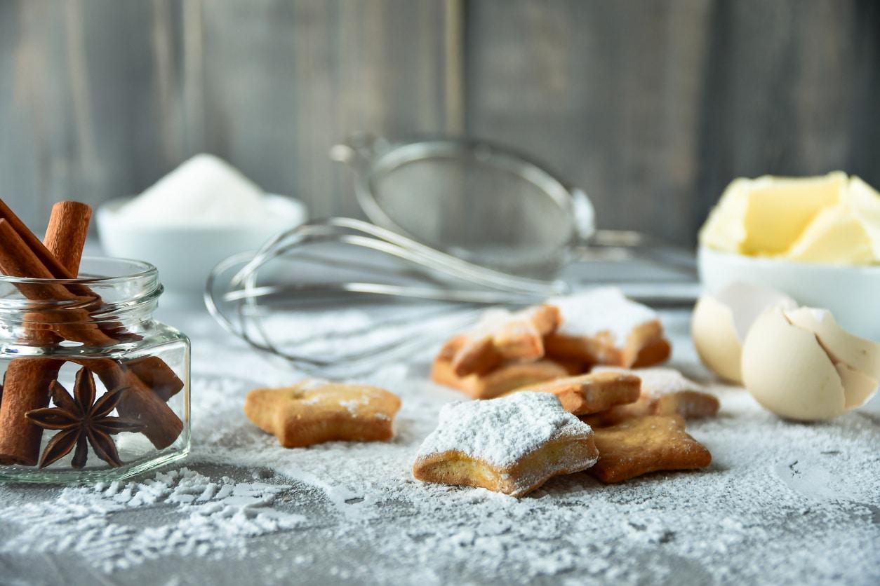 biscuits de Noel sucre glace maison recette cuisine