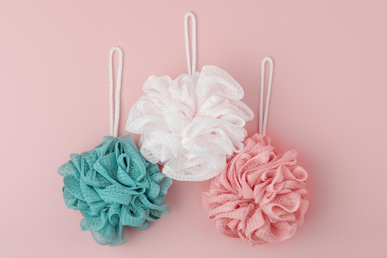 fleurs de douche en plastique couleurs