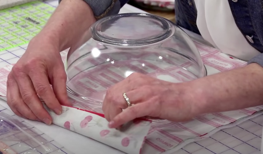 charlotte couvre plat tuto couture DIY