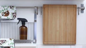 vinaigre blanc cuisine zéro déchet planche bois découper