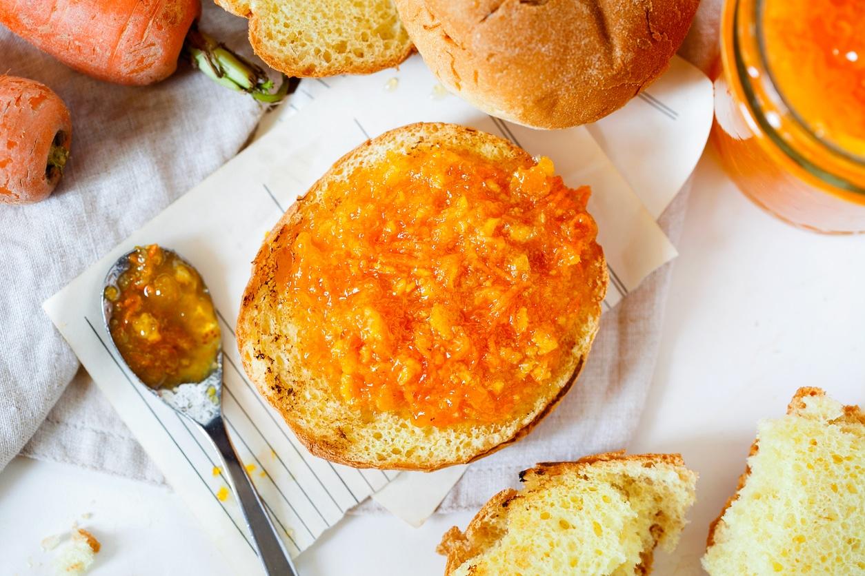 confiture de carottes recette facile tranches pain matin petit déjeuner