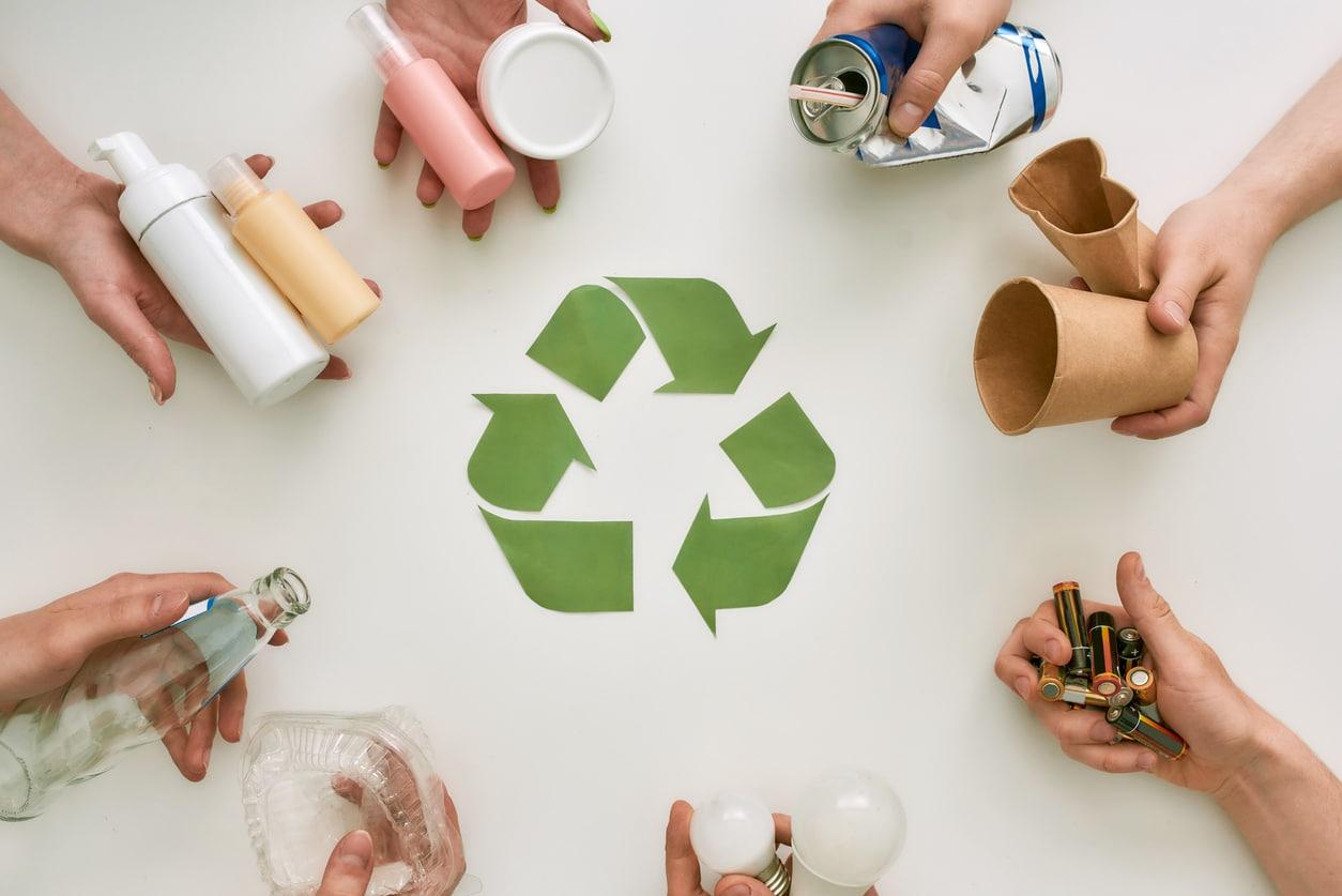 bac de recyclage tri sélectif poubelle écologie