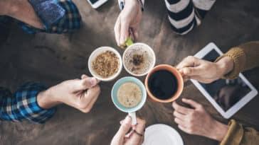 boire café pause entreprise réduire déchets mug tasses collègues bureau zéro déchet