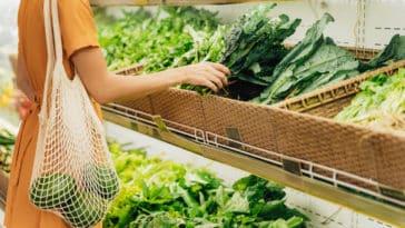 faire ses courses légumes supermarché vrac étal