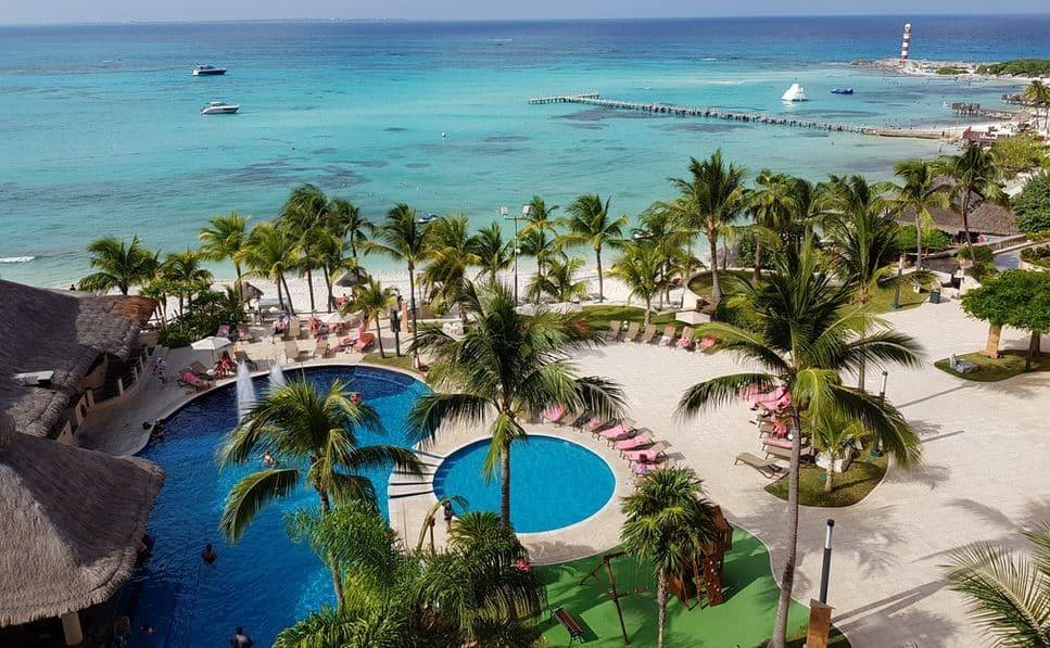 Cancun plage eau mer Mexique piscine tourisme écologique site