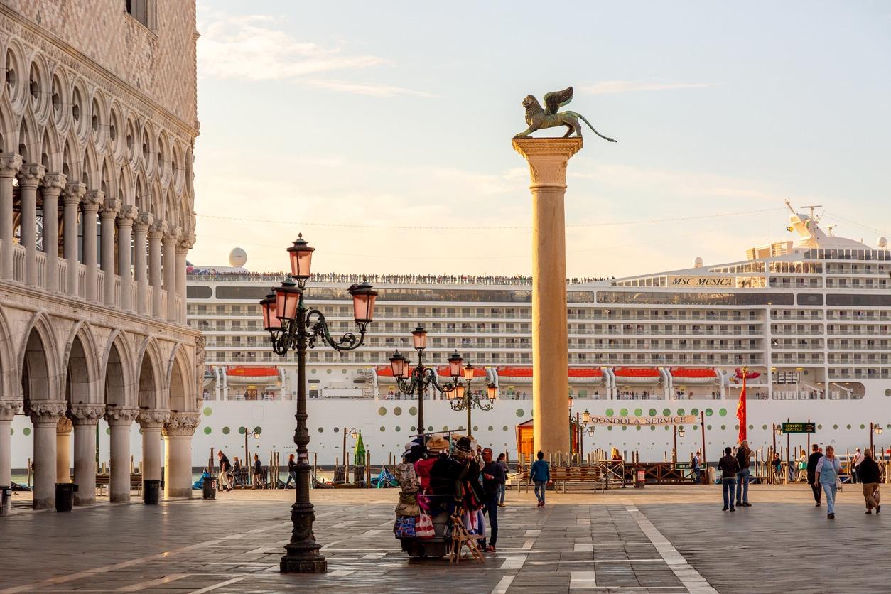 Palais Ducal cité des Doges Venise ITalie paquebot place saint Marc