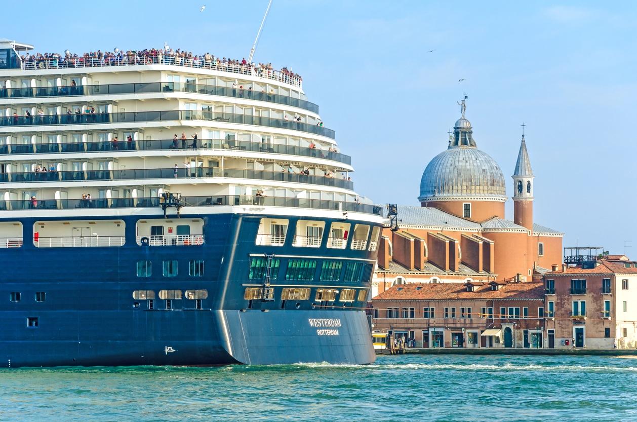 ville paquebots croisière Venise mer eaux cité interdiction