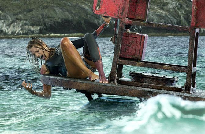 requin diabolisé cinéma film surfeuse Blake Lively Instinct de Survie