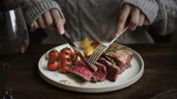 viande rouge aliment assiette manger vieillir plus vite boeuf